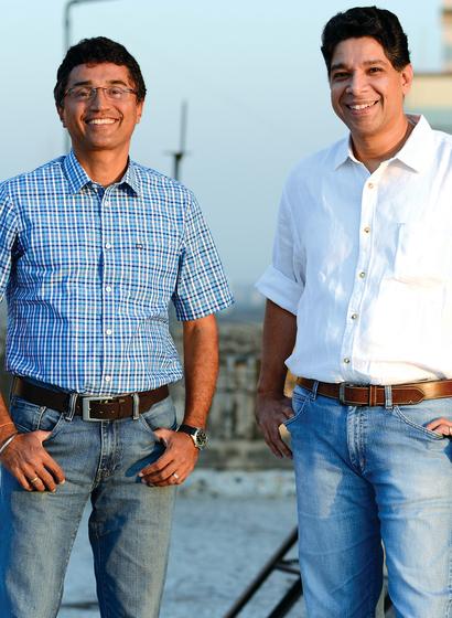 Ravi Sarangan &  Sanjay Srinivasan