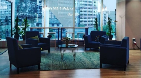 7 things to consider while looking for a new office space