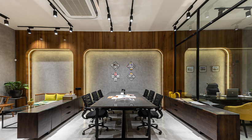The Arch Studio explores the hallmarks of a minimalist workplace design