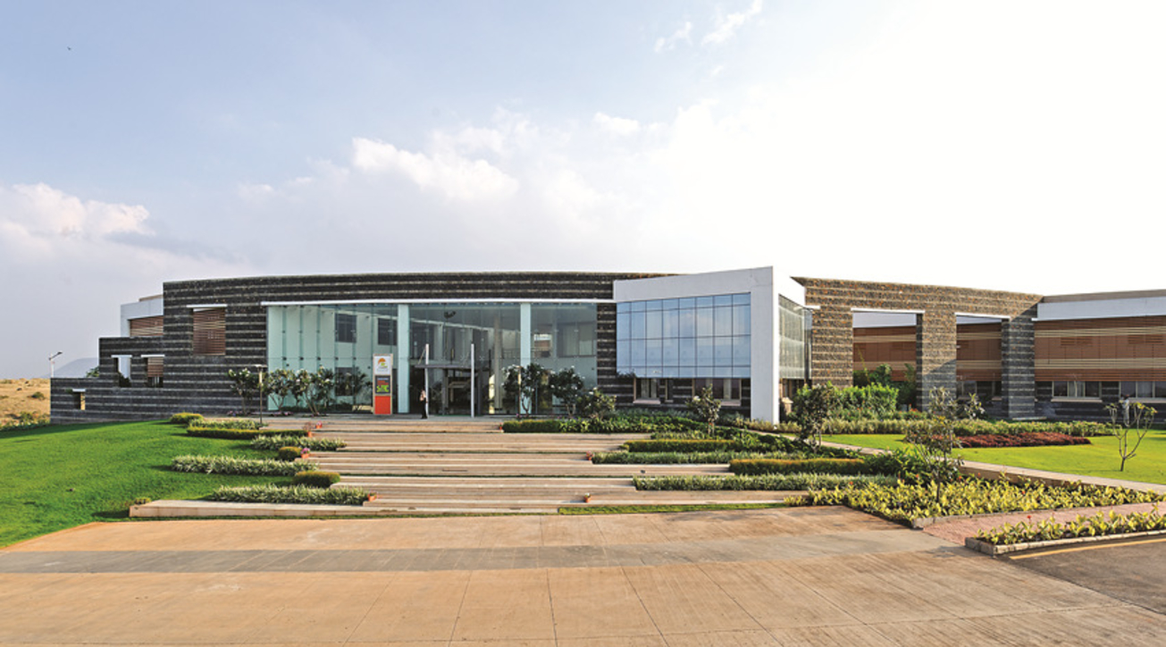 Environ Planners, Sanjay Patil, Sandip Foundation, College of Engineering, Nasik, Institutional design, Architecture, Landscape features, Amphitheatre